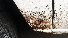 Zabrudzenia ze smoły i asfaltu