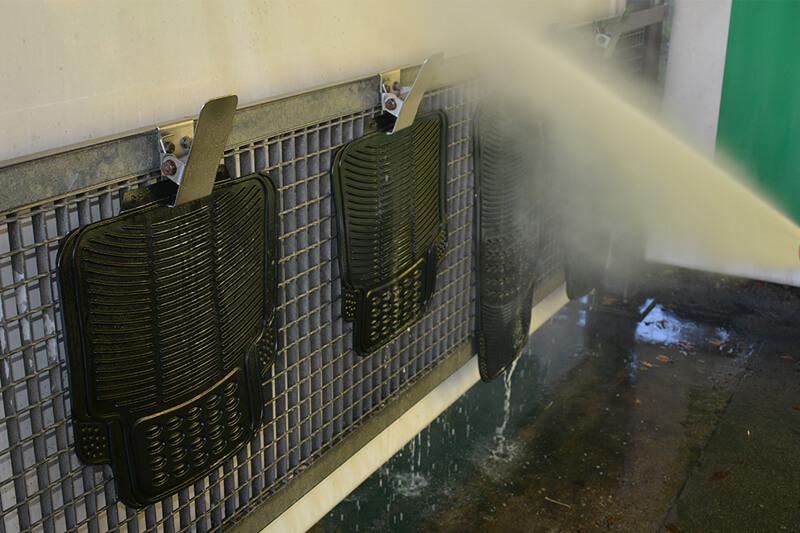 Mycie dywaników gumowych