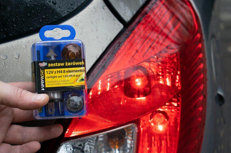 Zestaw żarówek samochodowych