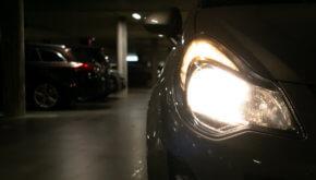 Światła samochodowe