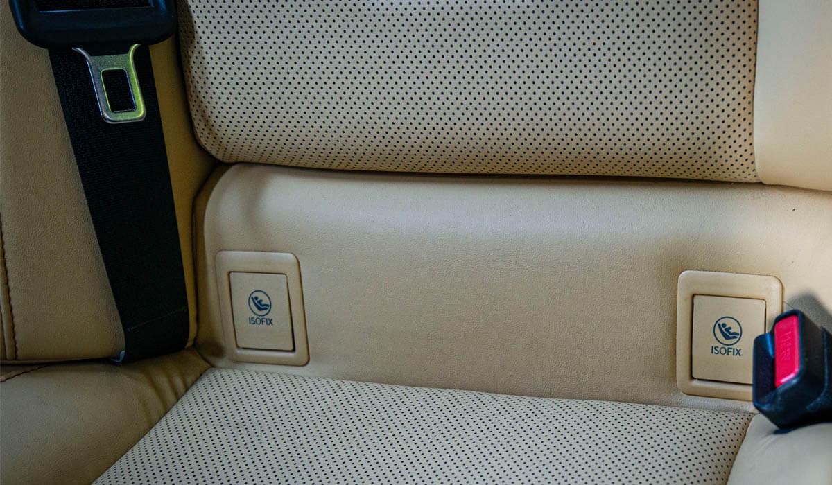 Montaż fotelika