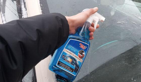 Odmrażacz doszyb zatomizerem MojeAuto