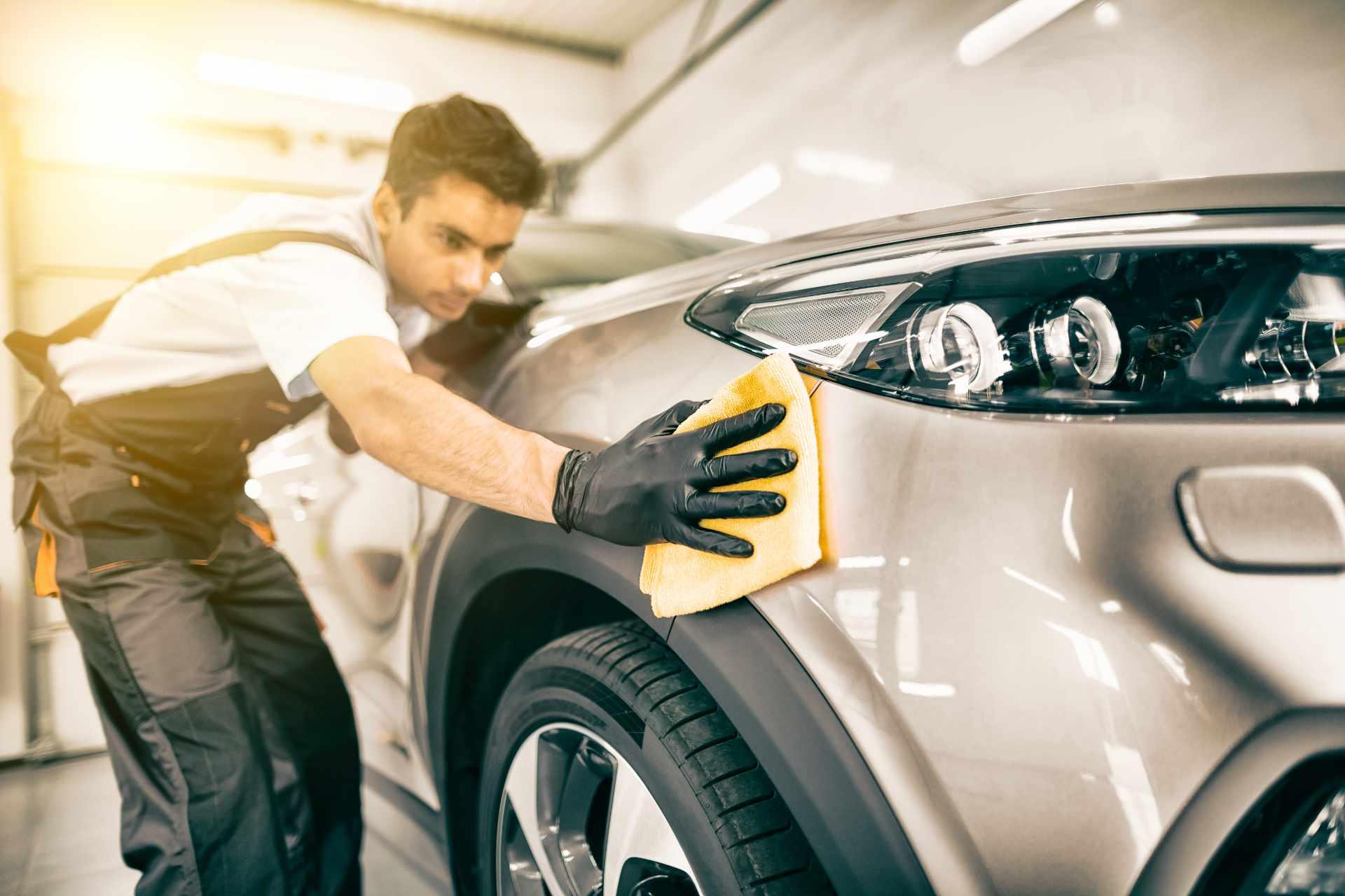 Jak i czym polerować samochód?