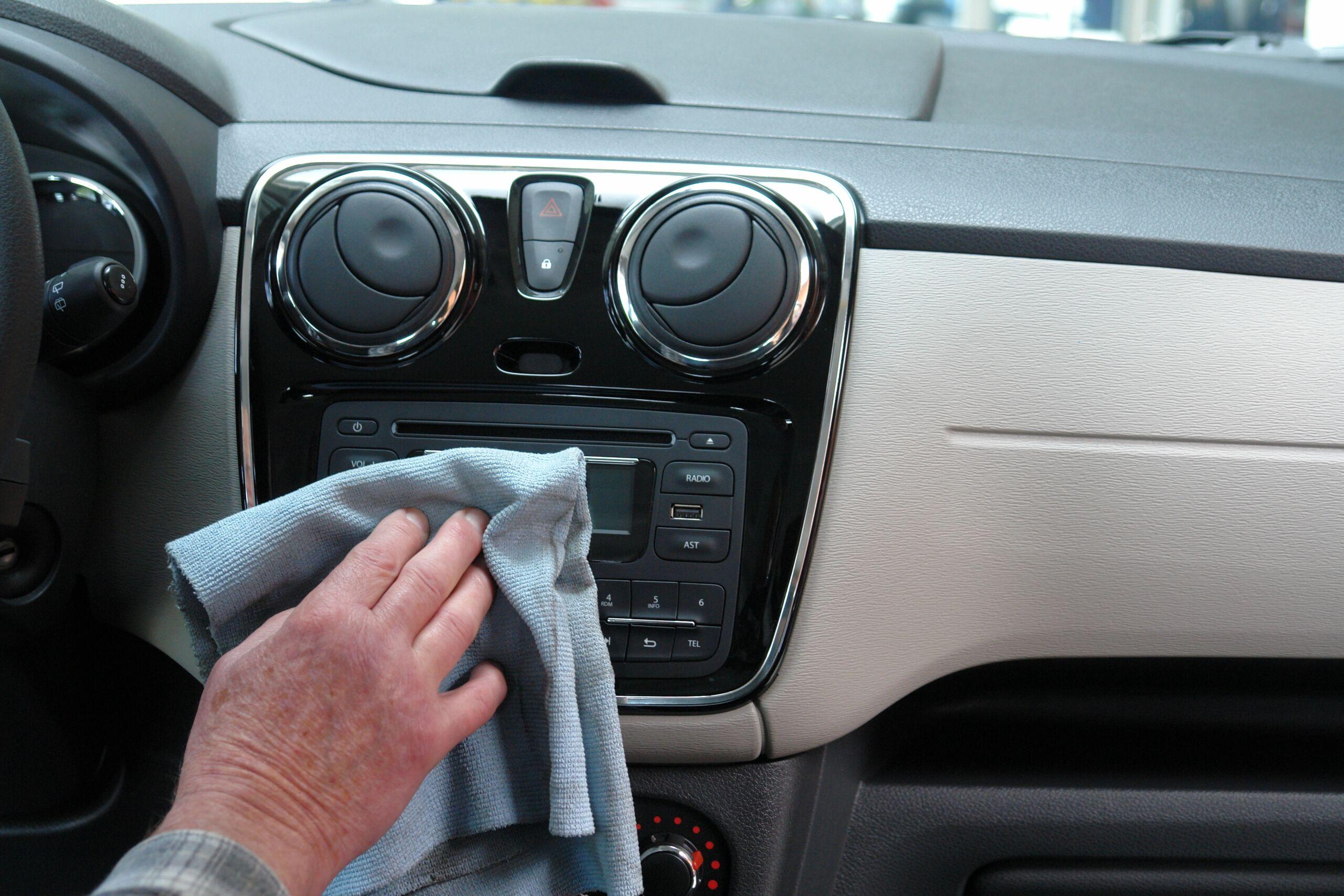 Zakamarki w samochodzie